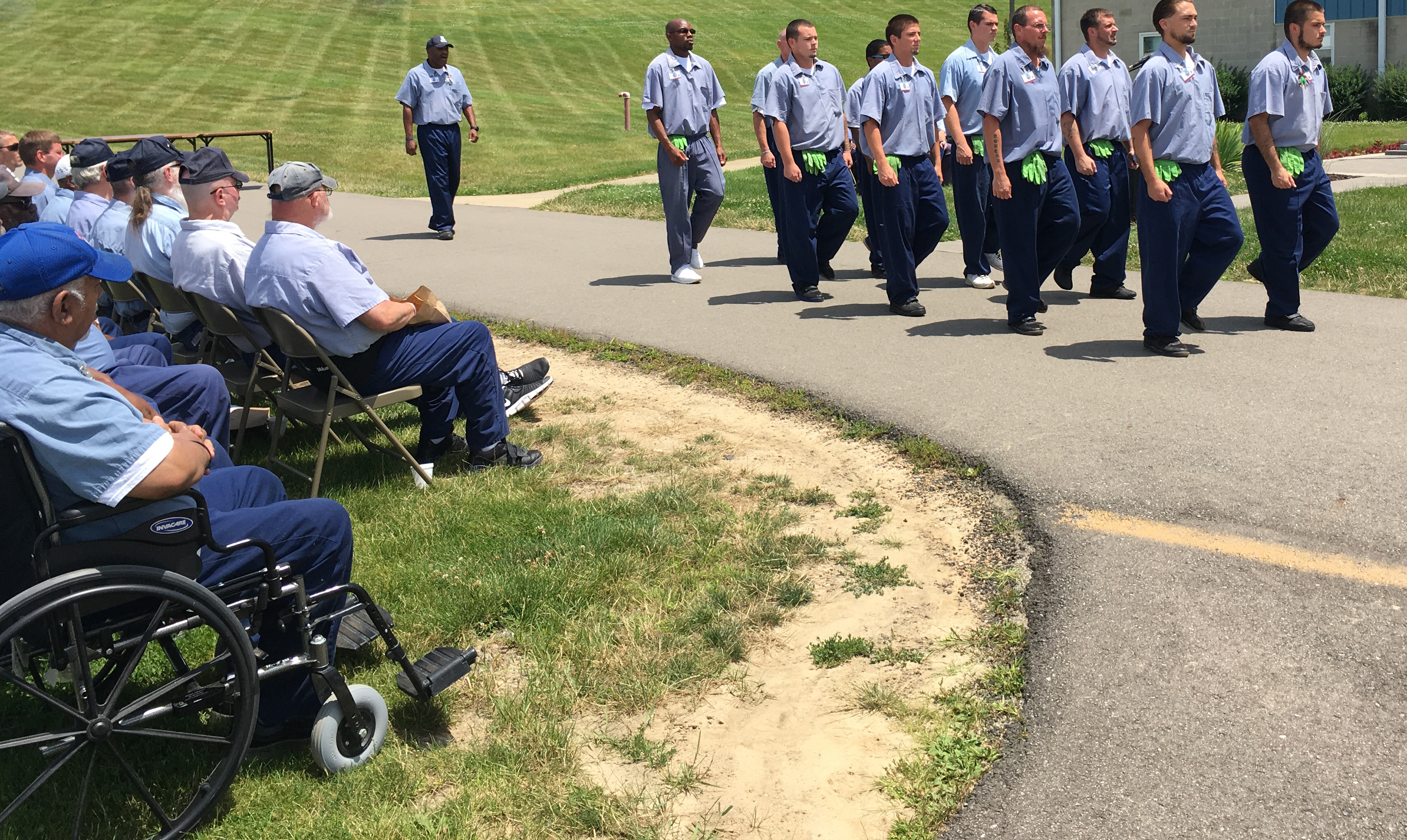 RICI Offenders Honor Veterans