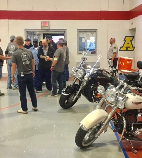 Hogs In Ministry Rolls into Warren Correctional
