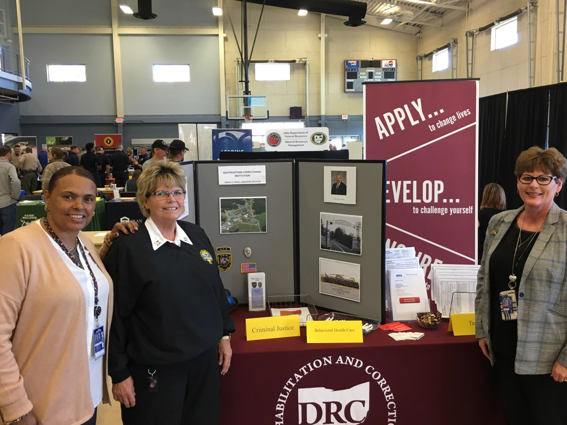 SCI Attends Career Fair at Hocking College